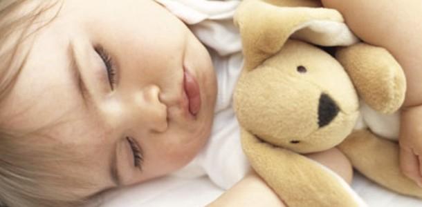 como-dormir-bebes2-610x300